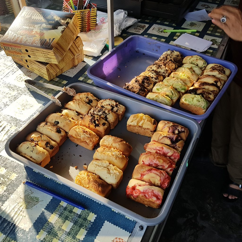 Kue Balok In Many Flavors